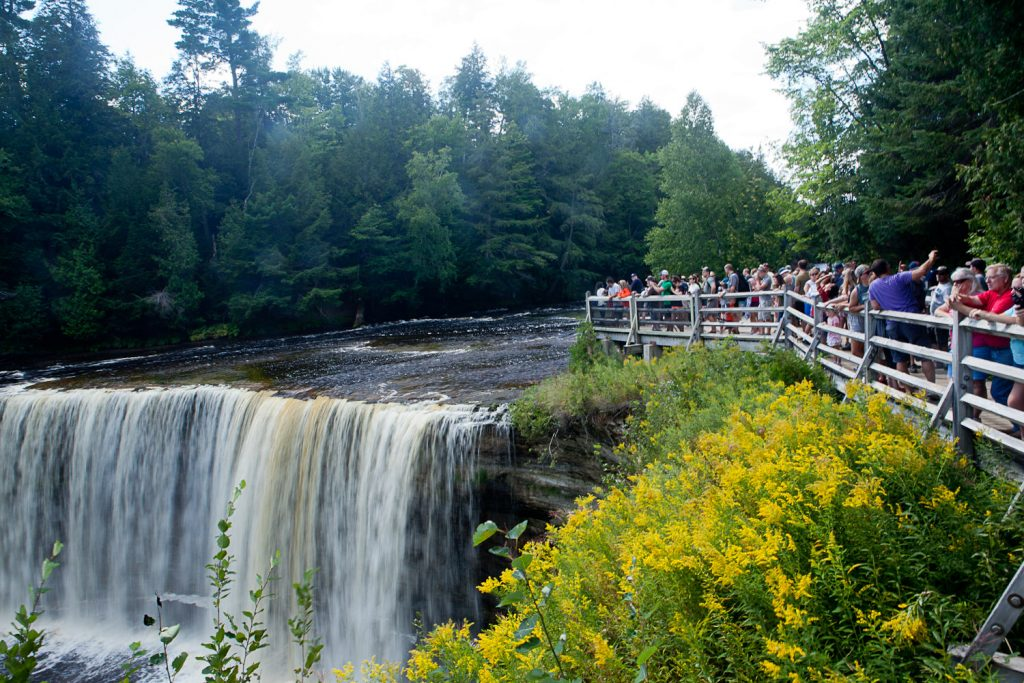 Upper peninsula on lonely planet world 39 s 10 best for Cabins near tahquamenon falls